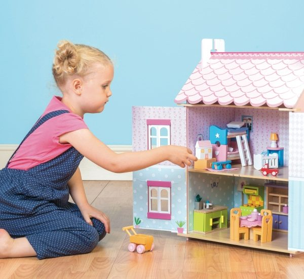 деревянный кукольный домик для девочек