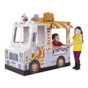 картонный грузовик с едой