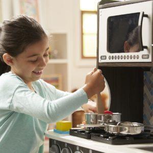 детская игровая кухня шеф повара мелисса даг